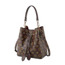 New 2019 Elegant Shoulder Women Designer Luxury Handbags Bucket Bags Vintage Tassel Messenger Crossbody Bag