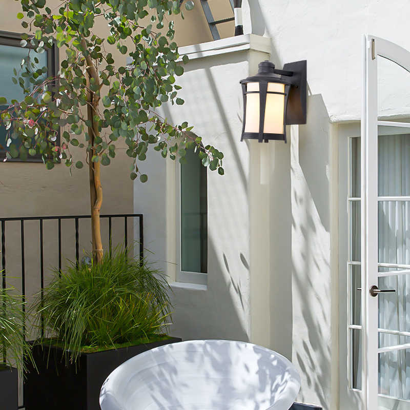 إضاءة خارجية الجدار ضوء مقاوم للماء زجاج قاتم فيلا الشمعدان مصباح للشرفة الألومنيوم خمر أضواء الإضاءة E27 حامل