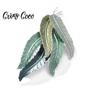 New Design Leaf Brooches Pins for Women Girl 2020 Hot Sale Ladies Gifts Party Dress Accessory Brooch Pin Dress Corsage Ornaments