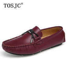 где купить TOSJC 2019 Mens Casual Loafers Leisure Handmade Buckle Moccasins Breathable Slip on Boat Shoes High Quality Man Driving Shoes по лучшей цене