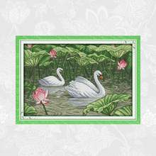 Лебеди в пруду лотоса печатные холщовые наборы крестиков Счетный