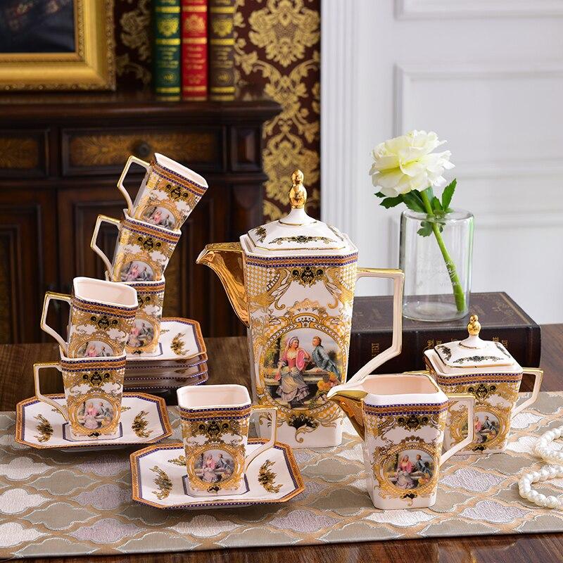 Nouveau ensemble de tasse à café Style européen service à thé en céramique cafetière tasses soucoupes après-midi thé fleur café ensemble os chine théière ensemble