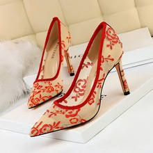European And American Style Fashion Evening Shoes Wedding Shoes Fine  High Heels Shallow Mouth Pointed Flower Mesh Lace Shoes cinderella slipper shallow mouth high heels bridal shoes diamond wedding shoes fine with pointed shoes