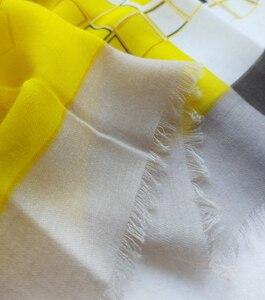 Image 4 - Baumwolle Frauen Lange Schal Weiche Frühling Neue dame Viskose Schals Dünne Sommer Weibliche Herbst Wraps Muslimischen Kopf Schal