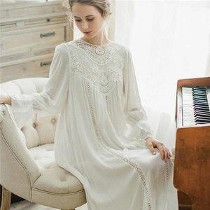 Image 3 - Женское платье для сна, кружевное винтажное платье принцессы с длинным рукавом, элегантный синий светильник, летняя хлопковая ночная рубашка размера плюс, T25
