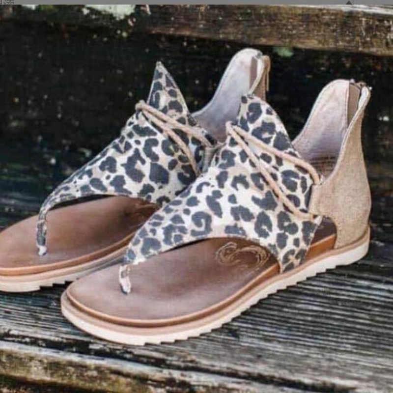 Kadın yaz moda yılan sandalet bayanlar klip ayak Vintage düz ayakkabı kadın rahat plaj sandaletleri fermuar kadın 2020 yeni