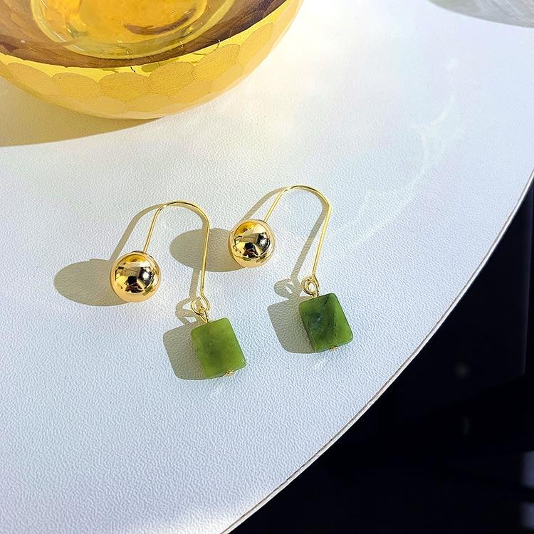 Trendy Simple Design Geometric Earrings Women Rhinestone Acrylic Metal Drop Earrings Square Round Hand Star Earrings Pendientes