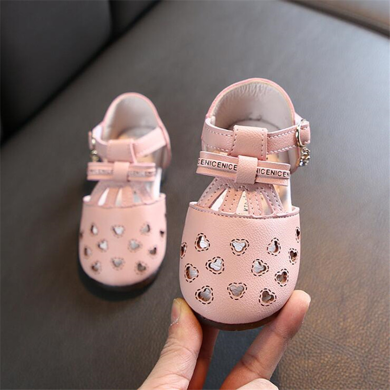 Baby Girls Leather Hollow Out Chaussures Toddler princesse Imprimer First Walkers shoes