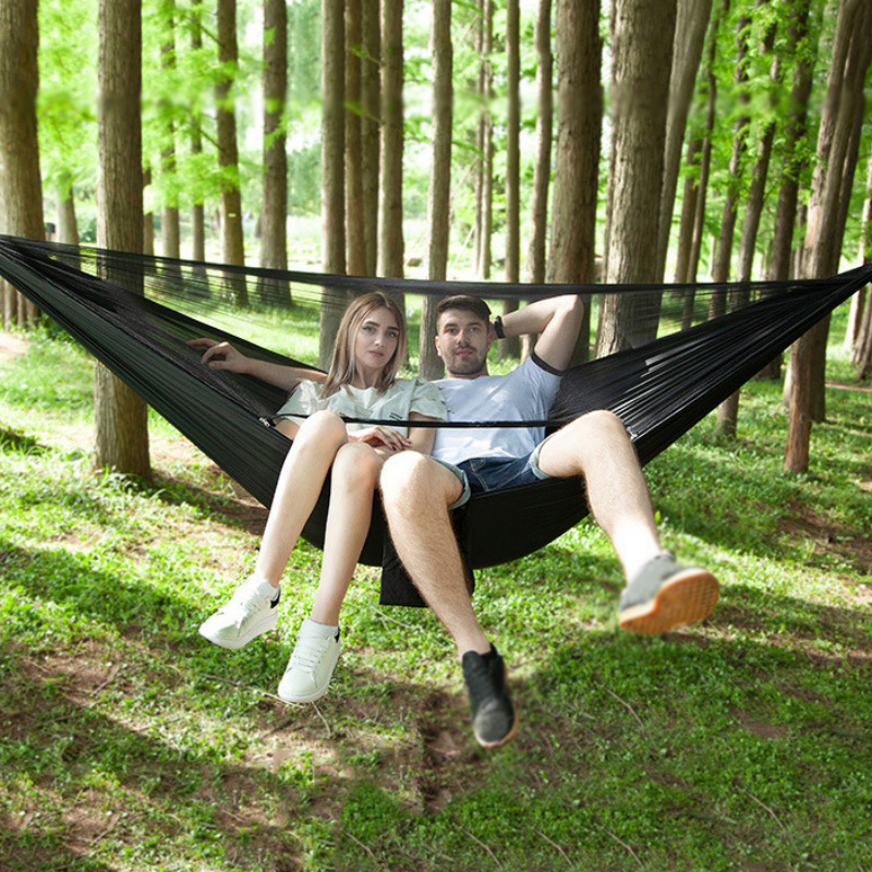 Outdoor Camping Hammock Parachute Cloth 290 * 140cm Single Camping Hammock Camping Swing Canvas With Mosquito-net For Travel 2