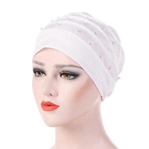 Image 2 - Мусульманский тюрбан для женщин, хлопчатобумажный тюрбан, Женская химиотерапия шляпа, головной убор, простой тюрбан, хиджаб, Женский тюрбан, тюрбан с бисером