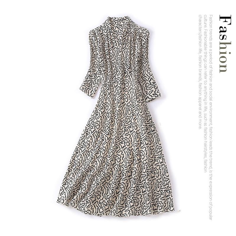 New V neck black and white printing 7 sleeve waist show thin medium length 03 heavyweight silk dress female