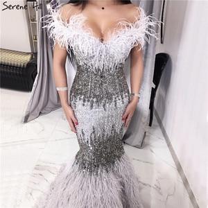 Image 2 - 두바이 디자인 그레이 럭셔리 섹시한 이브닝 드레스 크리스탈 깃털 오프 어깨 공식 드레스 2020 고요한 힐 LA70242