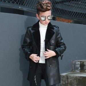 Image 3 - Высококачественная куртка для мальчиков, осенне зимняя модная корейская детская теплая куртка из искусственной кожи с бархатным утеплителем для детей, пальто для детей, на возраст от 2 до 8 лет