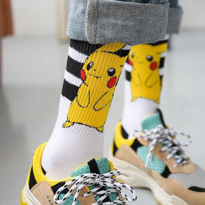 Pikachu Pokemon Femminile Calzini e Calzettoni Giapponese Coreano di inverno di autunno 100 cotone Ins Tendenza Simpatico Cartone Animato Manica Lunga Calzini E Calzettoni Unisex Paio di Uomini
