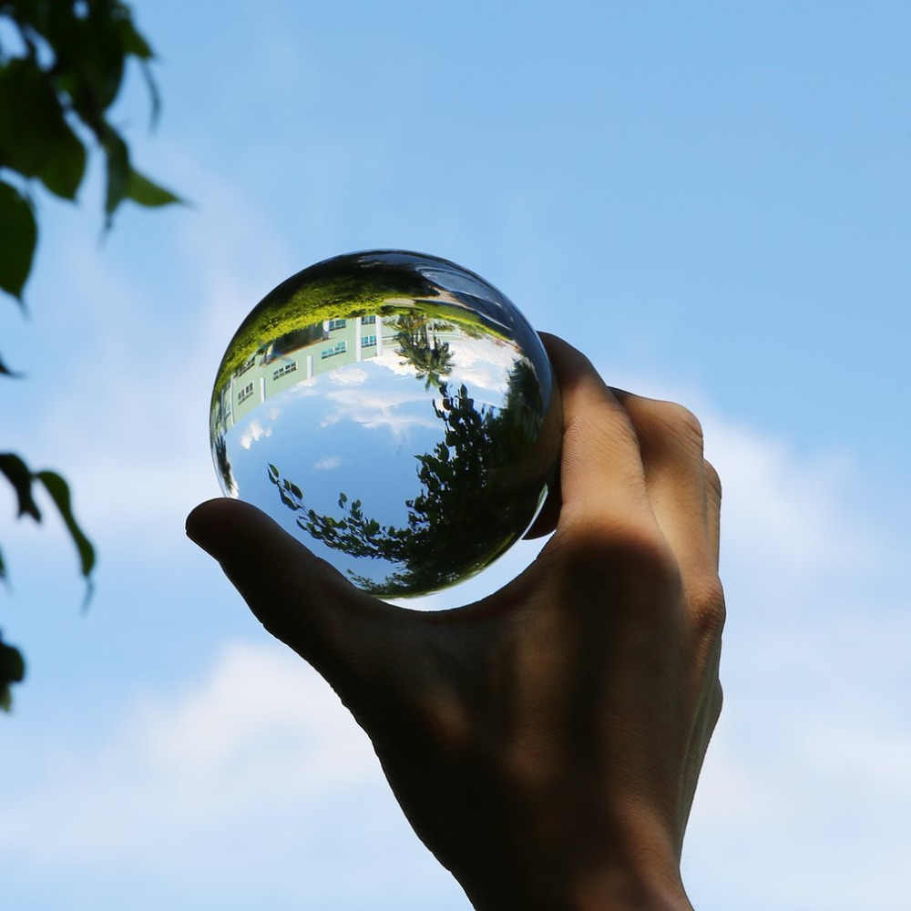 50mm/80mm/100mm Bola de Cristal Feng Shui Bola Esferas de Vidro de Quartzo Transparente Bola De Vidro Miniaturas enfeites de Presente