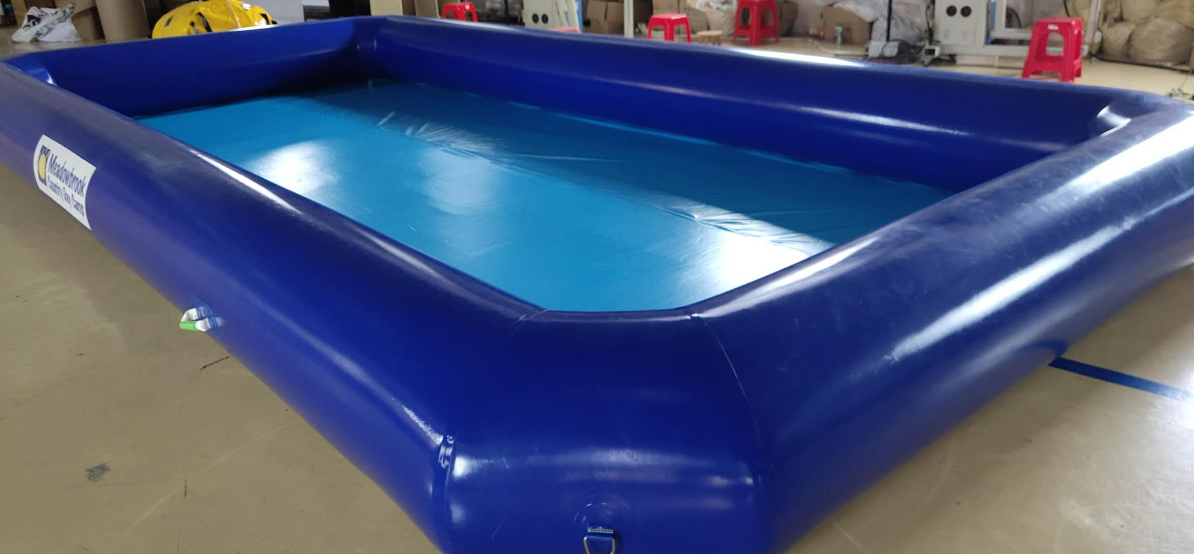 Blue Color 0.9mm PVC Tarpaulin Inflatable Pool For Water Games