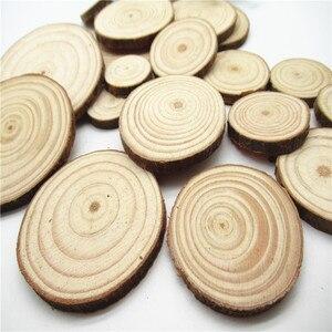 Image 5 - 5/10pcsNatural ahşap dilimleri bitmemiş yuvarlak daire ağaç kabuğu Log diskler DIY oyuncaklar ev dekorasyon ahşap el yapımı el sanatları