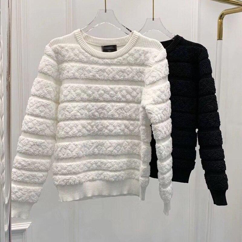 Décontracté blanc noir tricoté pull femmes 2019 hiver femmes chandail O cou à manches longues pulls Chic hauts doux bouffée Femme