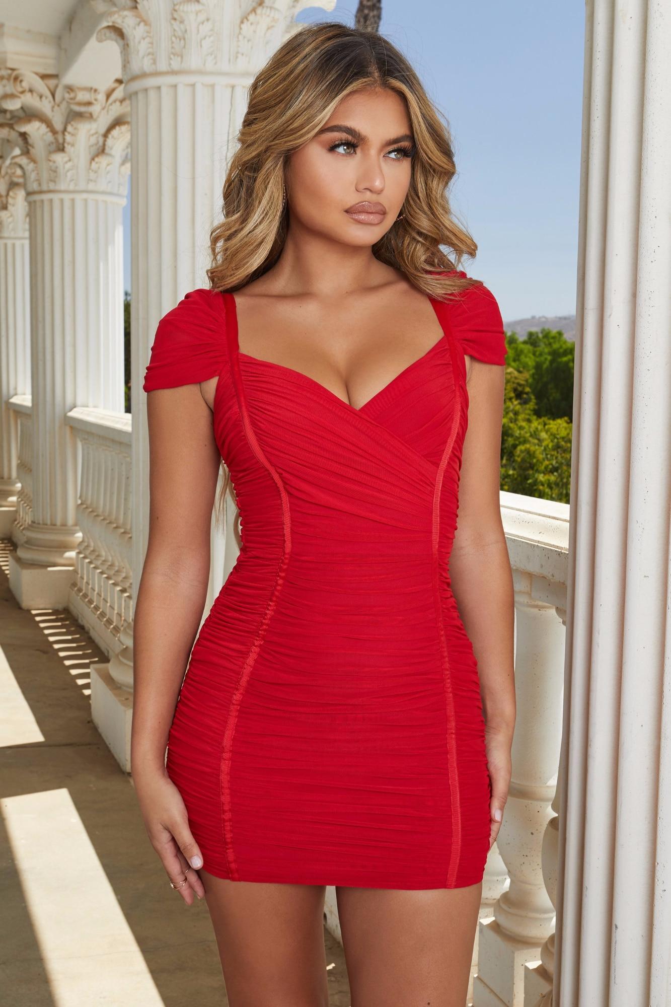 2019 New Woman white red V-Neck Spaghetti straps Elastic Rayon Party Vestidos Bodycon Bandage Dress