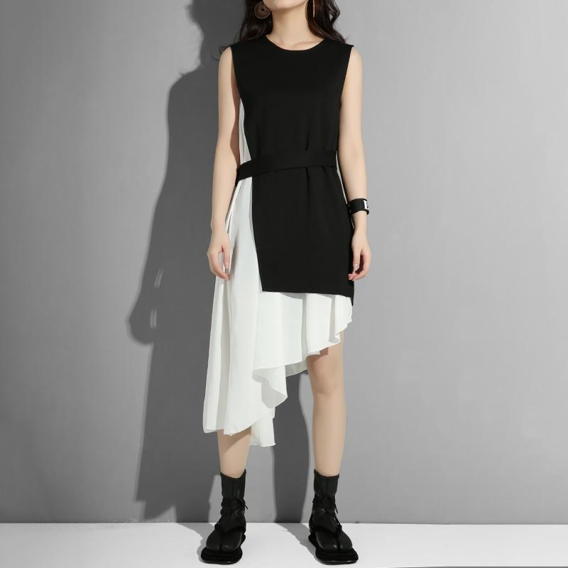 [EAM] Women Black Asymmetrical Split Two Piece Dress New Round Neck Long Sleeve Loose Fit Fashion Tide Spring Autumn 2020 45491S 1