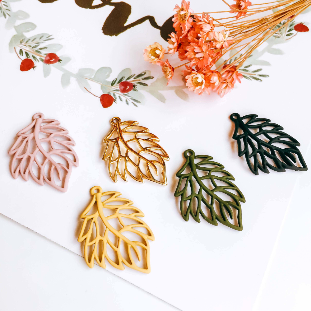 Multicolors Hollow Leaves Shape Earring Accessories Necklace Pendant Charms Supplies for Jewelry supplies Diy Material 6pcs