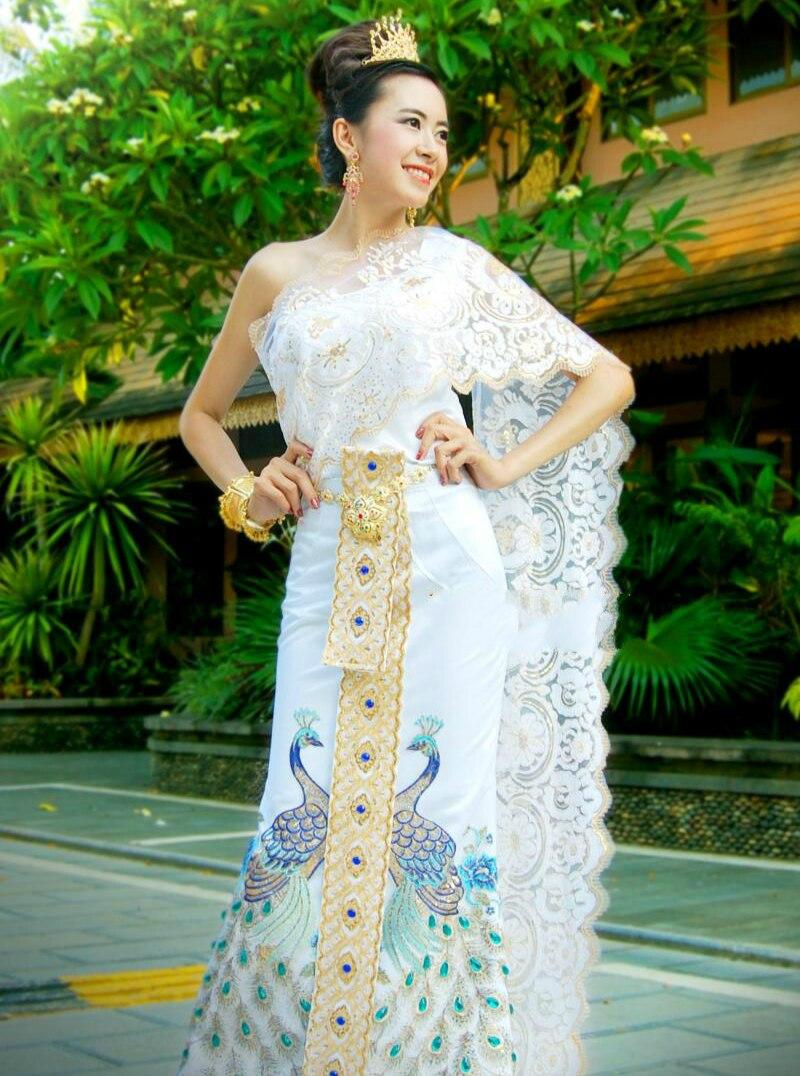 Thai ropa tradicional para las mujeres vestido de boda compromiso blanco bordado Pavo Real dulce sin mangas Tops fotografía Tailandia Kimono japonés cárdigan tradicional obi yukata mujeres kimonos japoneses tradicionales ropa de Japón mujeres kimono cardigan V1403