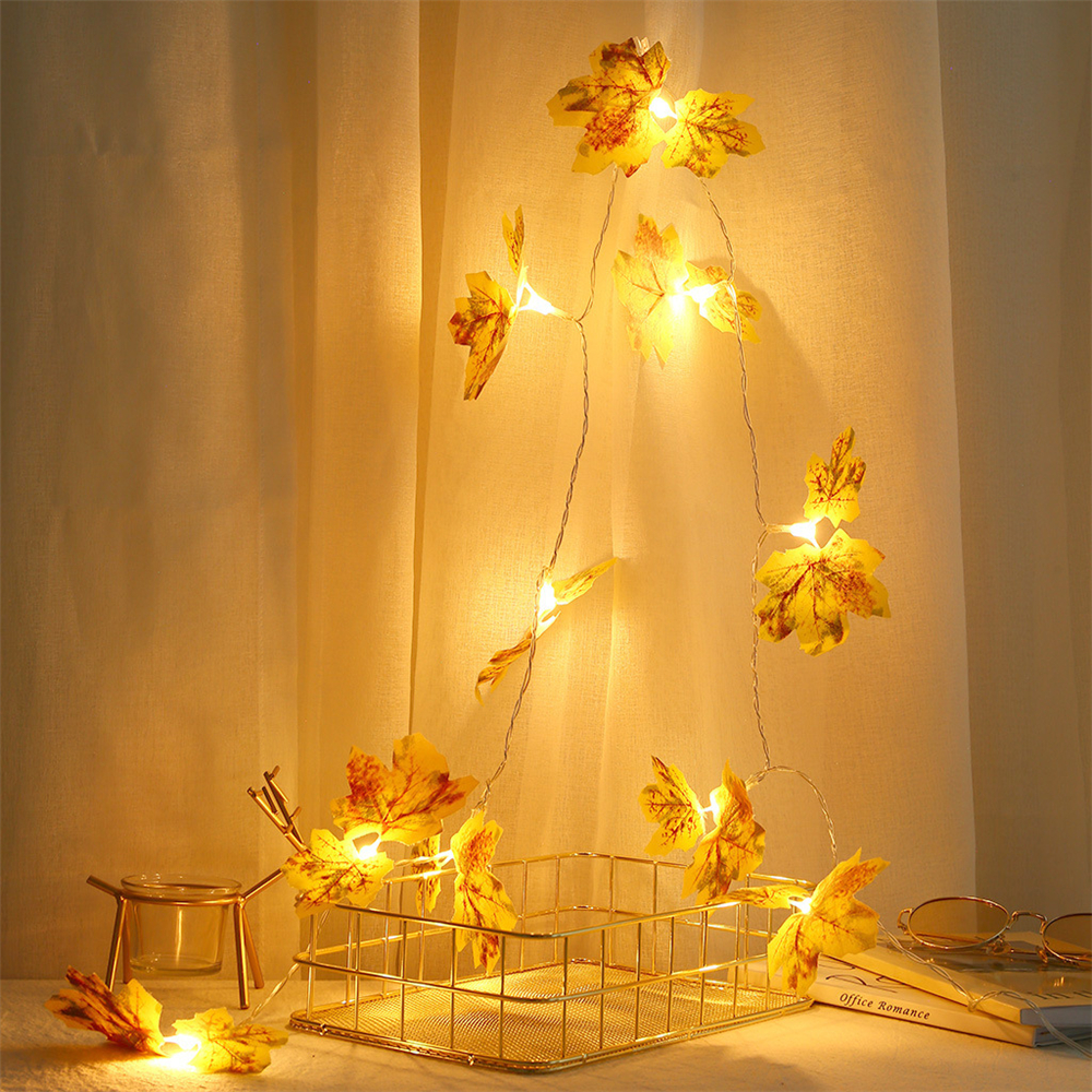 10LED Simulation Yellow Maple Leaf Shape Light String Room Layout Props Decorative Copper Wire Lamp Scene Decoration Lamp