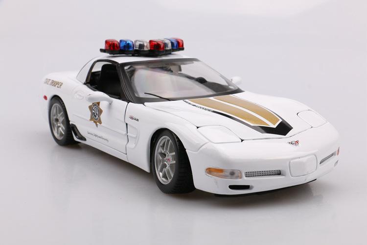 Maisto 1: 18 Model Alloy Car Model Chevrolet Corvette Z06 Police Car Super Sports Car Model