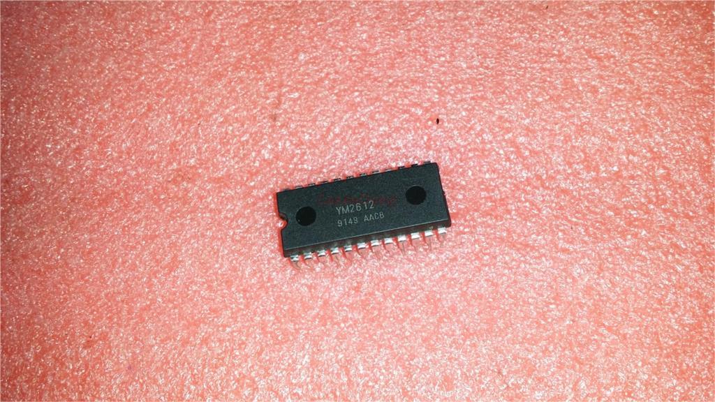 1pcs/lot YM2612 2612 DIP-24 In Stock