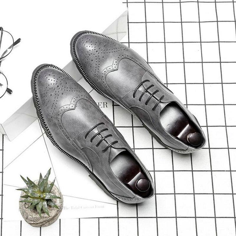 Zapatos Brogue clásicos de cuero para hombre, zapatos Oxford para boda, oficina, negocios, diseñador Formal, zapatos de vestir para hombre, A51-24 Las mujeres sandalias con taco chino de moda Zapatos para mujeres Zapatillas Zapatos de verano zapatos con tacones sandalias, Flip Flops Playa de las mujeres zapatos casuales zapatos