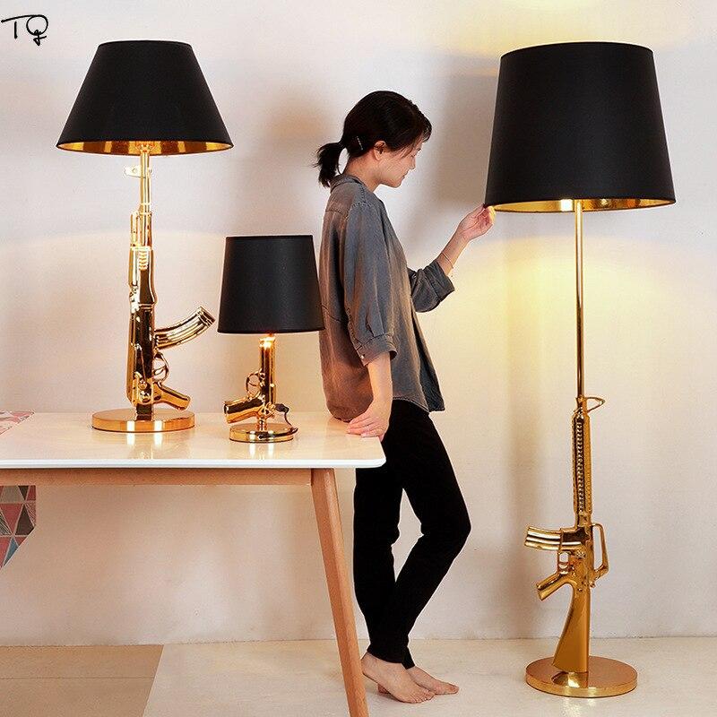 Nordic AK47 Gun Table Lamp Industrial Gold Lustre Modern Bedside Lamp Home Decor Salon Led Desk Light Living Room Bedroom Studio