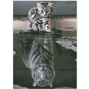 Image 1 - Набор для вышивки «Котенок отражающий в воде», комплект из белой ткани «сделай сам», вышивка крестиком, aida 18ct 14ct 11ct