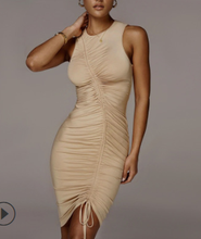 2020 персонализированное плиссированное платье с длинным рукавом