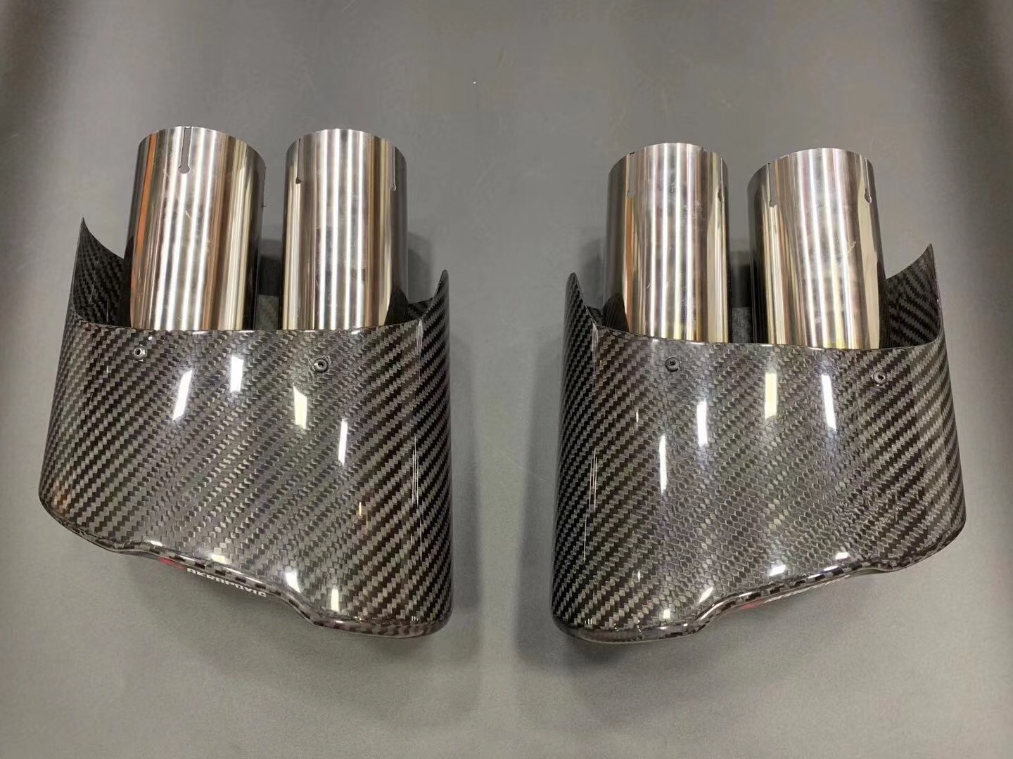 A Pair Real Carbon <font><b>Exhaust</b></font> Tips Tailpipe For <font><b>S3</b></font> S4 S5 6S S7 RS4 RS5 RS6 RS7 car modified Muffler Diffuser End Pipes image