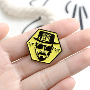 QIHE ювелирные изделия, эмалированные булавки heisenберга, брошки-значки с фильмом и ТВ, модные подарки для друзей, оптовая продажа