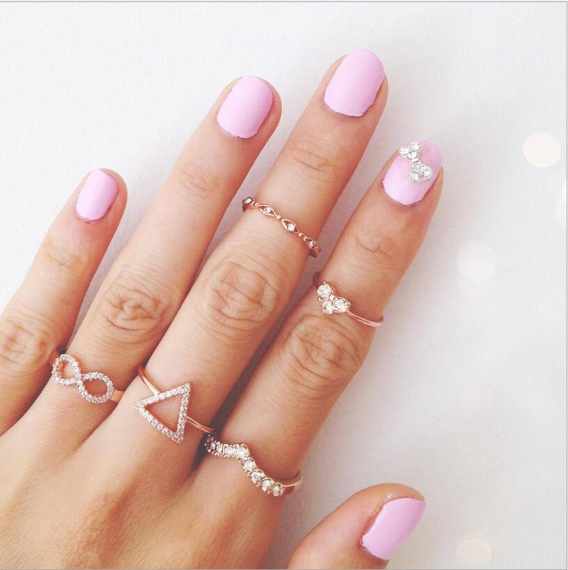 5 pieces Minimalist Ring Set