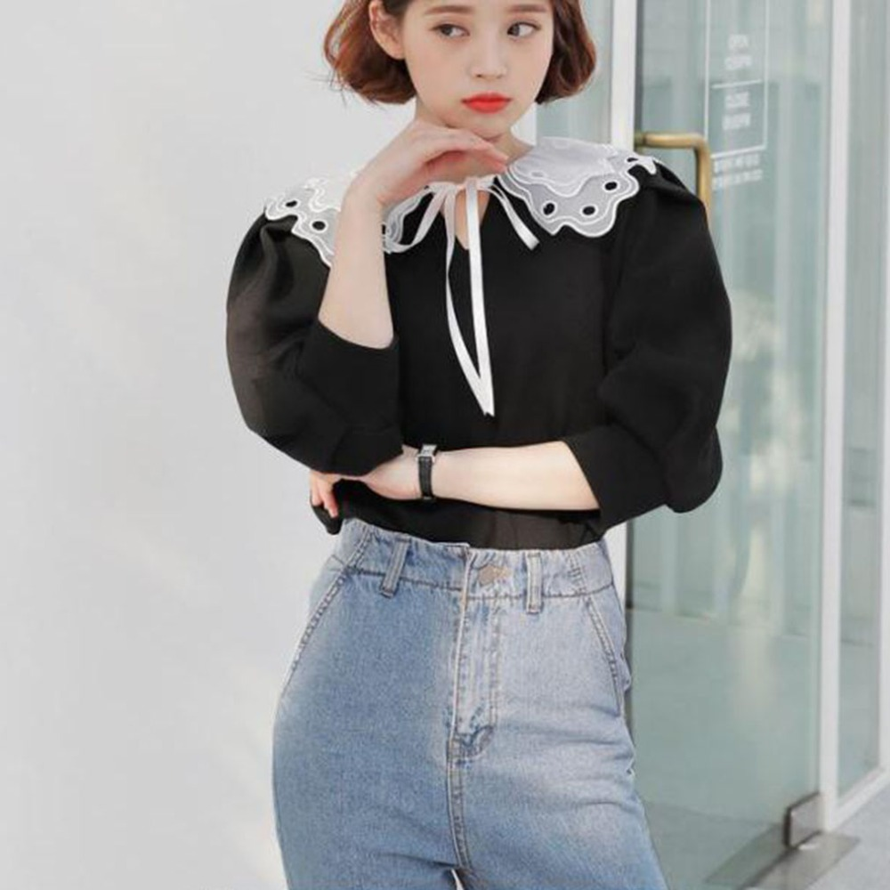 Hollow Embroidery Shirt Fake Collar White Tie Vintage Detachable Collar False Collar Lapel Blouse Women Clothes Accessories