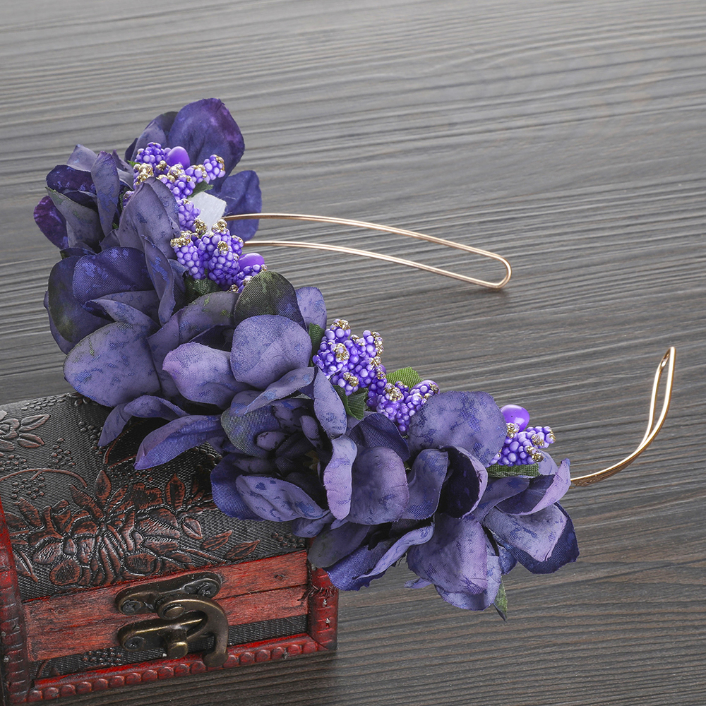 MOLANS New Nature Berries Flower Headband Handmade Flower Headpiece Women Girl Outdoor Wedding Fashion Photoshoot Flower Crown