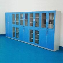 Высокий шкаф из дерева