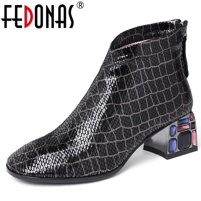 FEDONAS סתיו חורף Blingbling קריסטל המפלגה נעלי אישה באיכות כבש נשים קרסול מגפי קלאסי גדול גודל מגפיים קצרים