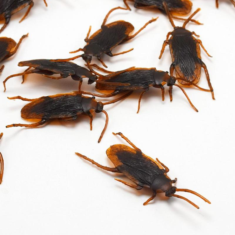 10 Pcs April Fool's Day Shock Toys Simulation Cockroach Tricky Joke Toys Whole Person Home Roach Scary Insects Magic Props