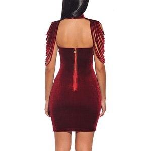Image 4 - Frauen Liebsten Samt Bodycon Kleid Abend Party Neue Jahr Outfit High Neck Geschichteten Quaste Backless Elegante Sexy Wein Roten Kleid