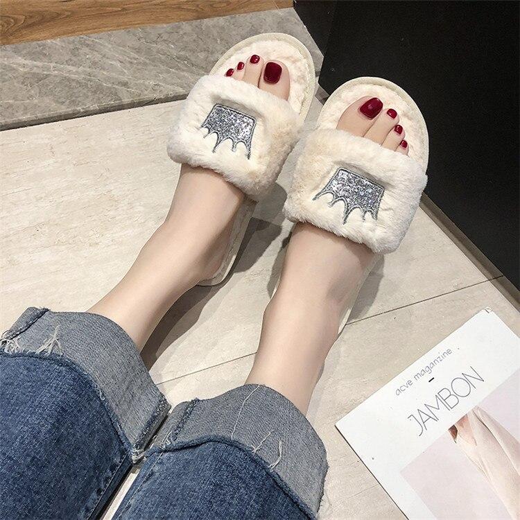 H21063c05f9dc48d7b8ff9d1549f356adu Mulheres chinelos de pele de inverno de pelúcia quente plana indoor sapatos moda feminina padrão coroa casa rosa chinelos macios slides