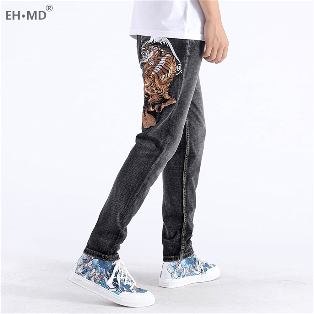 EH · MD® Tide Brand Men's Tiger Embroidered Jeans Men's Chinese Retro Small Straight Loose Large Size Gray Trousers Gold Silk