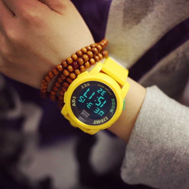 Sunny Sporty Couple Watch All Prayers with Auto Date Direction Showing Precise Time for Man and Woman with World Times Backlight image