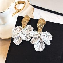 Cute White Shell Flower Petal Drop Earrings For Women New Statement Pendientes Trendy Jewelry 2020 Design Fashion Brincos