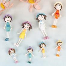 1Pc plastikowe figurki zabawki śmieszne domek dla lalek rodzinne lalki małe ubrane postacie dzieci dzieci bawiące się lalki prezent dla dzieci zabawki do odgrywania ról dorosłych tanie tanio MINIFRUT 8-11 lat 5-7 lat 2-4 lat 12-15 lat Dorośli Z tworzywa sztucznego As the pictures shown toys for children Unisex