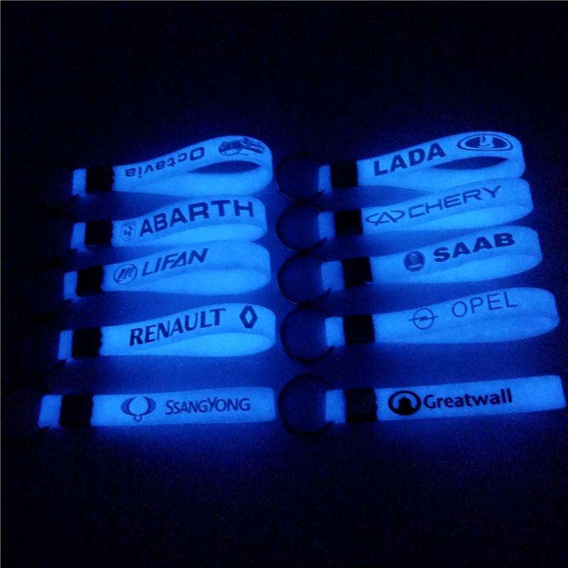 Luminous Car keyring keychain <font><b>sticker</b></font> For Volkswagen <font><b>VW</b></font> Polo Passat B5 B6 B7 CC Golf 4 5 6 7 <font><b>Touran</b></font> T5 Tiguan Bora image