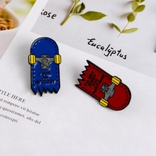 Cartoon Skateboard Broches Voor Vrouwen Mannen Liefde Schaatsen Emaille Pin Cool Shirts Rugzak Jassen Revers Pin Badge Sieraden Trinket(China)