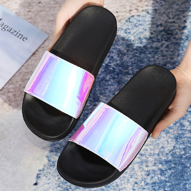 Women Slides 2020 Fashion Slippers Platform Sandals Summer Bling Beach Slides Flip Flops Comfortable Flat Shoes Chaussure Femme